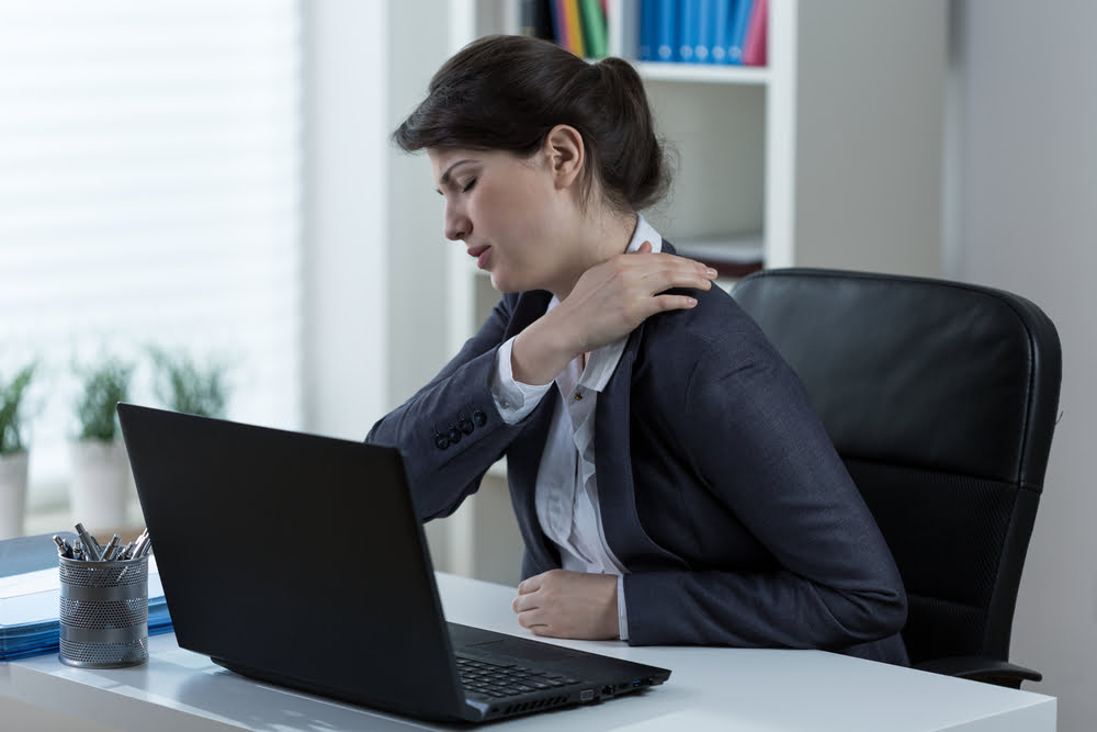 8 Steps to Preventing a Pain in the Neck at Work: Computer Desk Ergonomics
